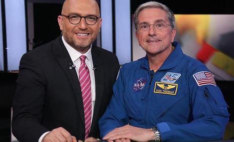 رائد الفضاء الأميركي يفاجىء زافين بسؤال: شو حسيت؟
