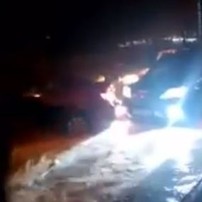 بالفيديو.. هكذا تحدّى المواطنون العاصفة في عين المريسة