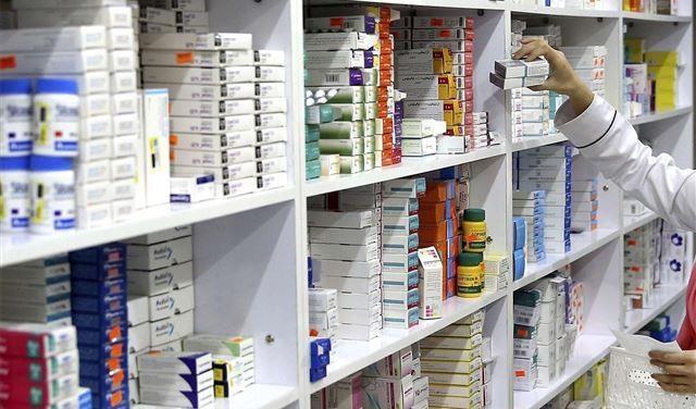 أصحابُ الصيدليات: لتسليم الدواء للجميع بالتساوي