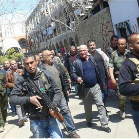 """مخابرات الجيش تتسلّم  أحد عناصر مجموعة """"بلال بدر"""""""