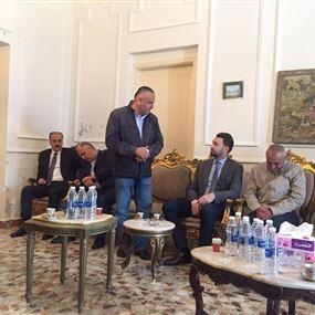 تيمور جنبلاط يجول في داريا وحصروت