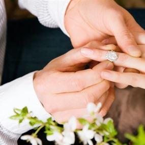 في لبنان: خطفها من زوجها وطفلتها ليتزوجها!