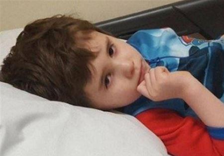 ابن الـ6 سنوات شعر بألم بأذنه وتوفي