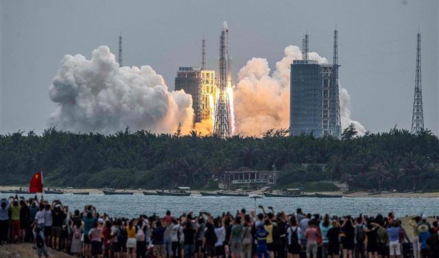 الصين تكشف عن مكان سقوط صاروخها المرعب!