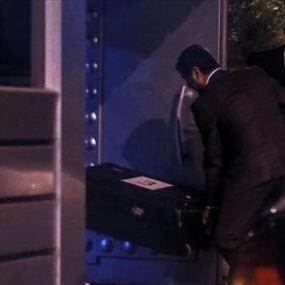 إدخال ٣ صناديق الى القنصلية السعودية في اسطنبول!