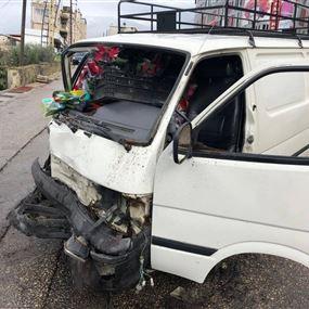 بالصور: جريحان اثر حادث سير في المطيلب