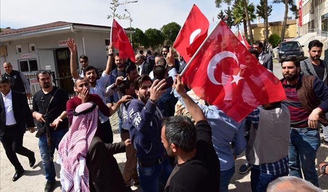 وزير تركي يحسم الجدل بشأن ترحيل السوريين