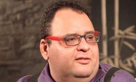 الموت يغيب الفنان المصري أحمد راسم وتضارب حول السبب