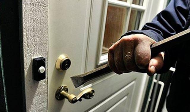 سرقة منزل في بلدة جبرايل