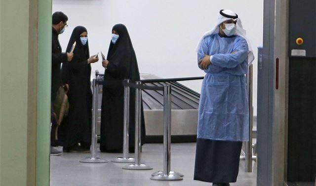 """43 إصابة بـ """"كورونا"""" في الكويت"""