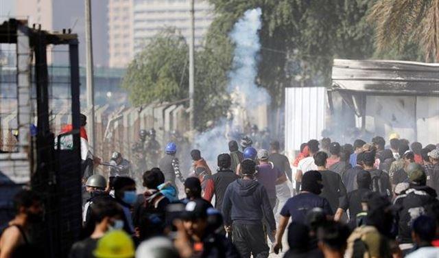 """""""طعناتٌ مجهولة"""" تُصيب متظاهرين في كربلاء"""
