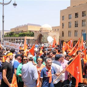 عون يتولى شخصياً التعبئة لتظاهرة بعبدا