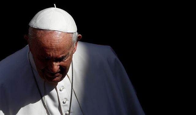 البابا فرنسيس في المستشفى!