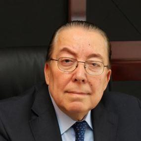 محمد المشنوق: أنا هنا في مكتبي وسأبقى