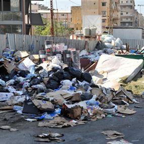 شوارع لبنان  في انتظار حلول الوزير الملك