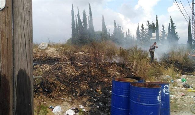 بالصورة: الحرائق تهدد الجميلية في اقليم الخروب