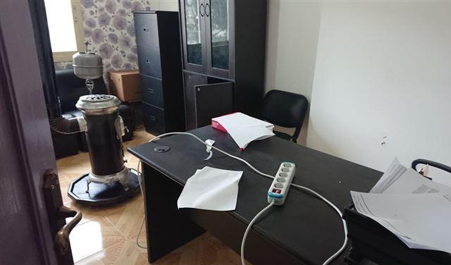 بالصورة: سرقة مركز إعلامي ومقر جمعية في بعلبك