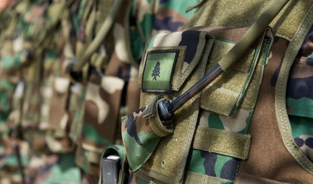سلسلةُ بيانات لقيادة الجيش
