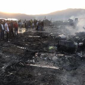 بالصور: حريق داخل مخيم للنازحين السوريين في المرج