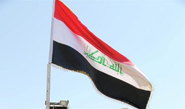 """العراق يتخذُ قرارًا عاجلاً بشأن الإيرانيين بعد تفشي """"كورونا"""""""