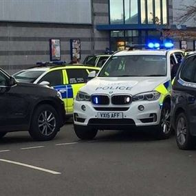إنهاء أزمة الرهائن بمجمع ترفيهي وسط بريطانيا
