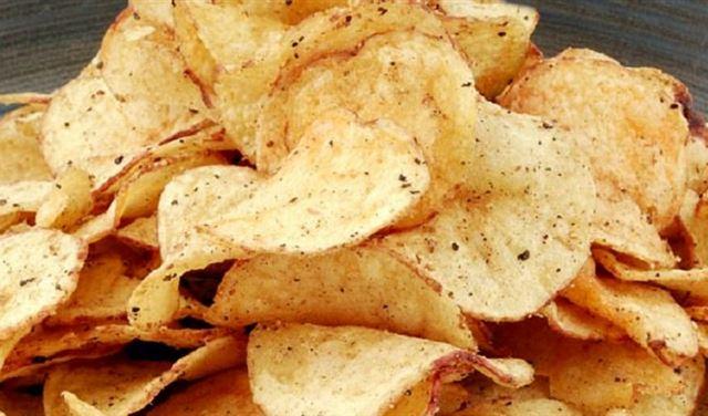 أكياس رقائق البطاطا تحوي مواد كيميائية مسرطنة