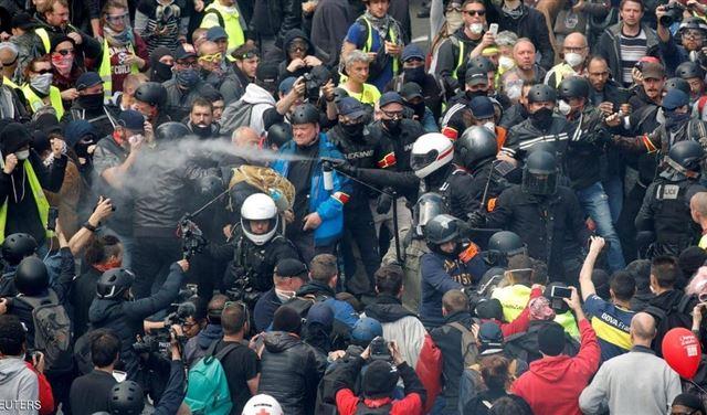 """""""السترات الصفر"""" تعود إلى شوارع فرنسا"""