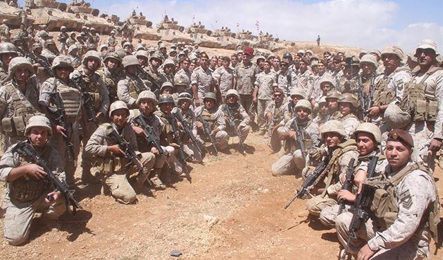 """بالصور: مناورة قتالية """"كبرى"""" للجيش"""