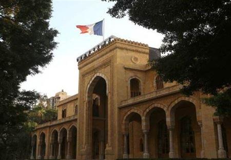 """سفارة فرنسا في لبنان تدعو لحل سريع لاضراب معلمي مدارس """"الليسيه"""""""