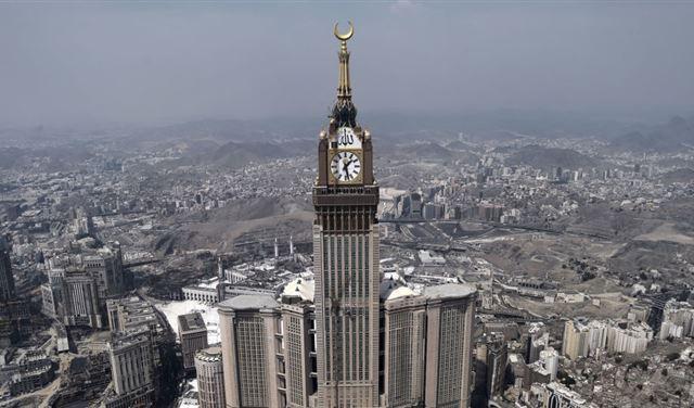 الدفاع الجوي السعودي يعترض صاروخين للحوثيين في مكة المكرمة