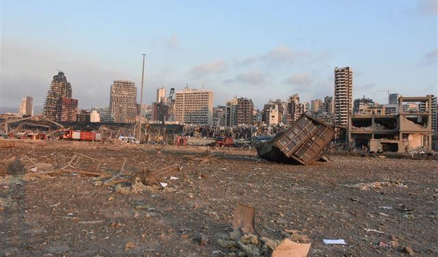 بالصور: مرفأ بيروت من الفضاء... قبل الانفجار وبعده