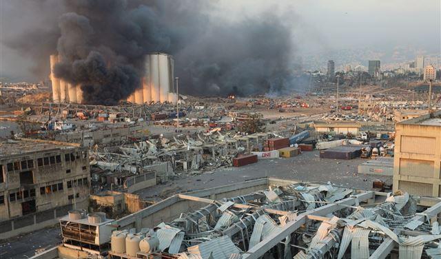 """""""كارثة بيروت""""... تفاصيل جديدة مثيرة عن السفينة """"المشؤومة"""""""
