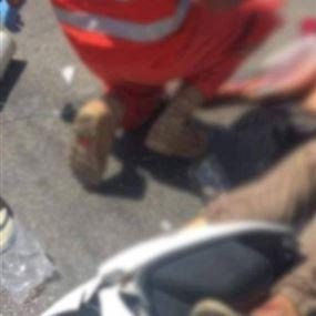 بالصورة: قتيل بحادث سير على طريق بشمزين أميون