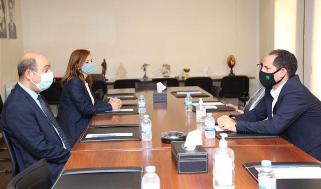 الجميل يلتقي السفيرَين التركي والاوسترالي