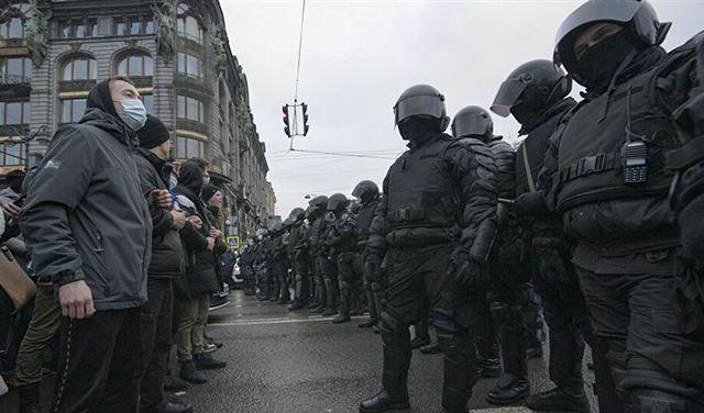 اعتقالُ 40 صحافياً خلال المظاهرات الروسية
