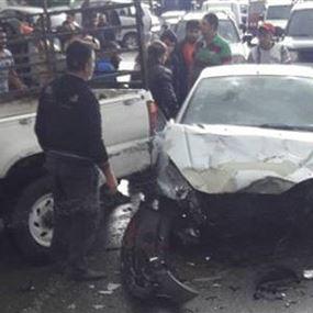 بالصورة: 5 جرحى في حادث سير على طريق الضنية طرابلس