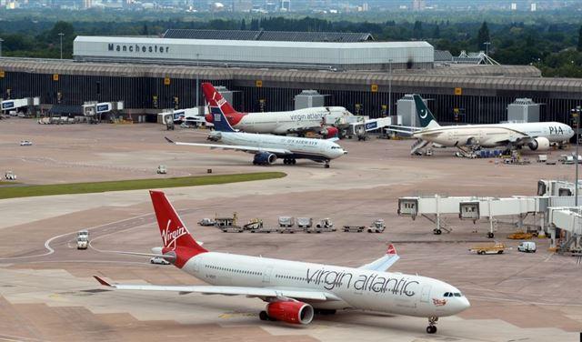 طرد مريب في مطار مانشستر