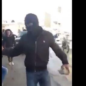 بالفيديو: اعتصام في عرسال... واعتداء على محال السوريّين