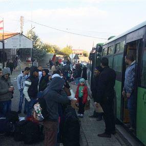 بالصور: العودة الطوعية لـ 779 نازحاً سورياً