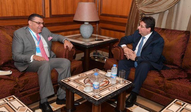 الوضعان المالي والاقتصادي بين كنعان والسفير المصري