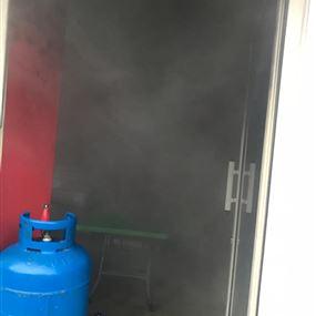 بالصور: حريق داخل مطعم في برجا