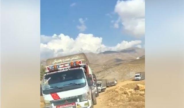 بالفيديو: شاحنات تنقل البضائع داخل لبنان بعلم الأجهزة الأمنية