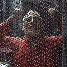 حكم جديد بالسجن المؤبد على مرشد الإخوان في مصر