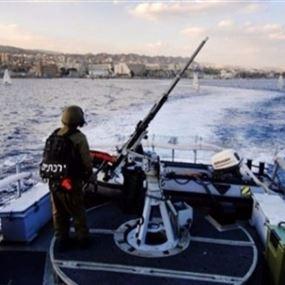 زورق حربي اسرائيلي يخرق المياه الإقليمية