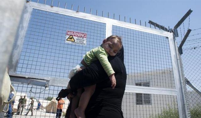 مهاجرون سوريون من لبنان إلى قبرص يعانون محنة الانفصال عن أطفالهم