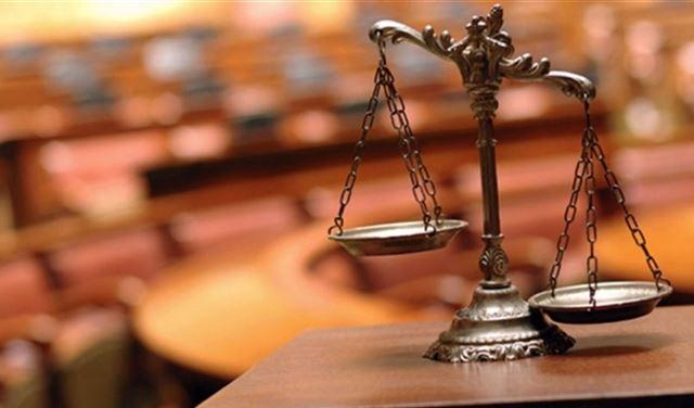إيقافُ جلسات المحاكمات تضامناً مع واصف الحركة
