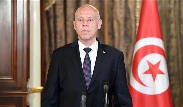 الرئيس التونسي: لدي قائمة بأسماء من نهبوا أموال البلاد (فيديو)