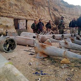 بالصور: الأمن السوري يضبط صواريخ (أرض جو) على بعد أمتار من الأردن