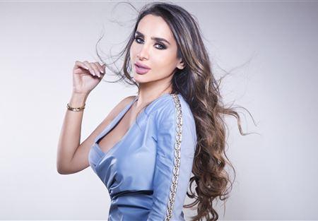 داليا كريم في جرود عرسال
