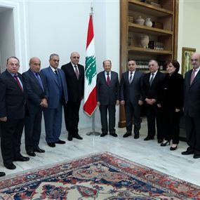 عون: نرفض انتظار الحل السياسي لعودة النازحين